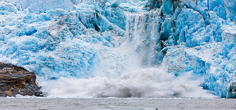 glacier_collapse_thawing_spring_gloomy_hd-wallpaper-46515